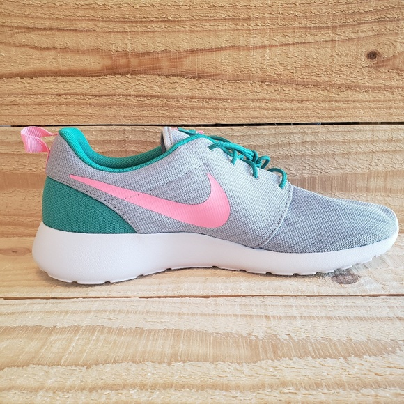 d6198ec40a37d Nike Roshe One Run 511881-036 Pink Green Grey